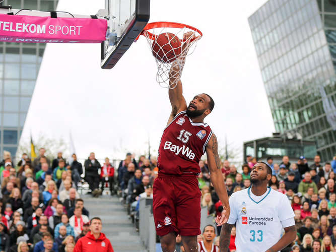 Airport Event: FCB-Baskets stellen Real Madrid kalt!