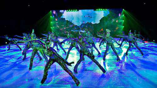 HOLIDAY ON ICE entdeckt ATLANTIS