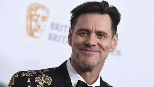 Jim Carrey zeigt politische Cartoons in New York