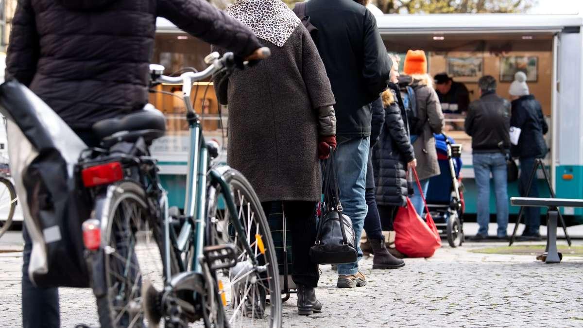 München: Ausnahme Viktualienmarkt - Maskenpflicht auf ...